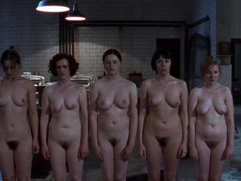 Монахини издеваются над голыми девками в монастыре
