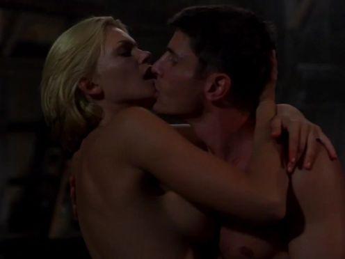 Секс с женщиной-инопланетянкой