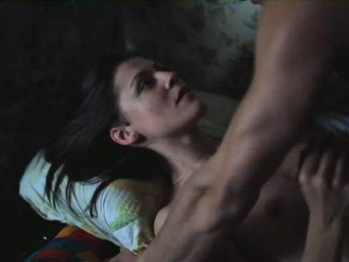 Девушка признается мужику в любви во время секса